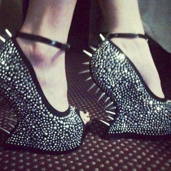 مدل کفش های پاشنه بلند,مدل کفش های پاشنه بلند زیبا,مدل کفش های پاشنه بلند نومنه,مدل کفش های پاشنه بلند با مزه,مدل کفش های پاشنه بلند زنانه,مدل کفش های پاشنه بلند شیک,مدل کفش های پاشنه بلند جالب,مدل کفش های پاشنه بلند با حال,مدل کفش های پاشنه بلند ایده,