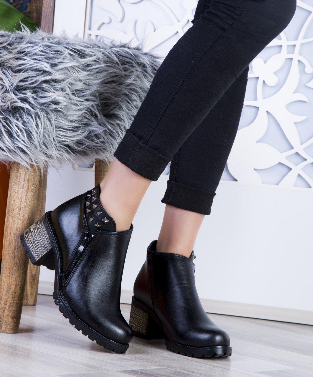 مدل کفش های پاشنه بلند، مدل کفش های پاشنه بلند با حال، مدل کفش های پاشنه بلند با مزه، مدل کفش های پاشنه بلند جالب، مدل کفش های پاشنه بلند زنانه، مدل کفش های پاشنه بلند زیبا، مدل کفش های پاشنه بلند شیک، مدل کفش های پاشنه بلند نومنه
