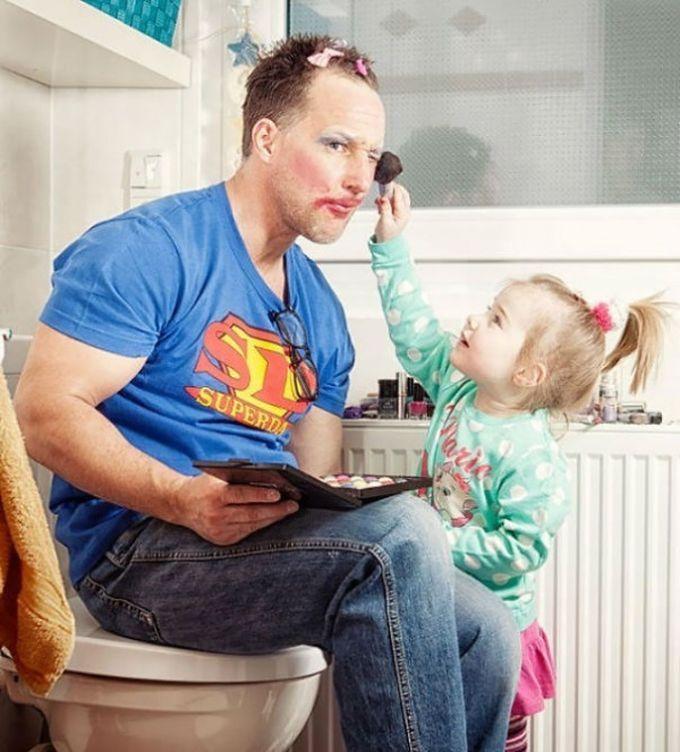 دختر بچه تو خونه دارن، دختر وپدر، وقتی یه دختر بچه تو خونه دارند، وقتی یه دختر بچه تو خونه دارند بامزه، وقتی یه دختر بچه تو خونه دارند جالبین، وقتی یه دختر بچه تو خونه دارند حجتالب، وقتی یه دختر بچه تو خونه دارند خنده، وقتی یه دختر بچه تو خونه دارند خنه دازر، وقتی یه دختر بچه تو خونه دارند دیدنی